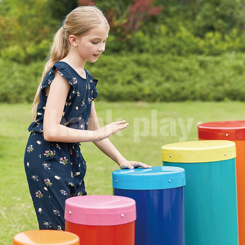 打击乐器满足孩子喜欢发出声响的本质
